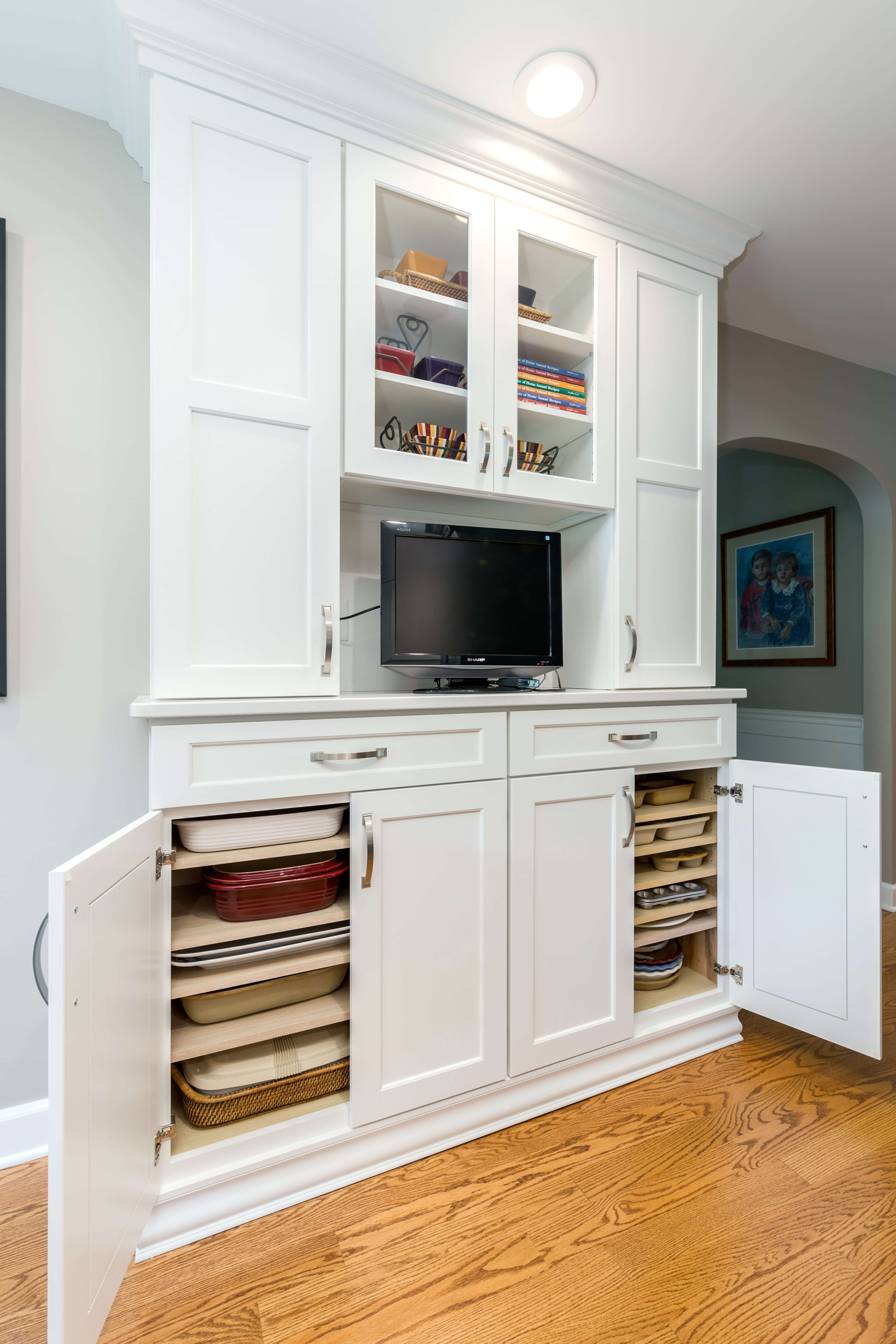 Dura Supreme cabinetry design by CR Cabinetry.